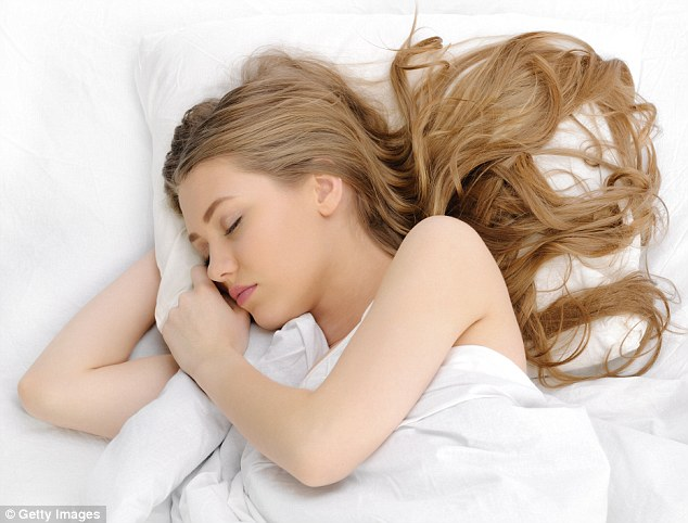 Why Am I Sleepy All The Time? The 5 Reasons Why And How to Stop It!